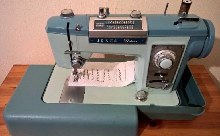 Jones Deluxe Sewing Machine Instruction Manual Enchanting Jones Sewing Machine